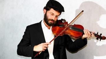 Violinista no Telado - 2011